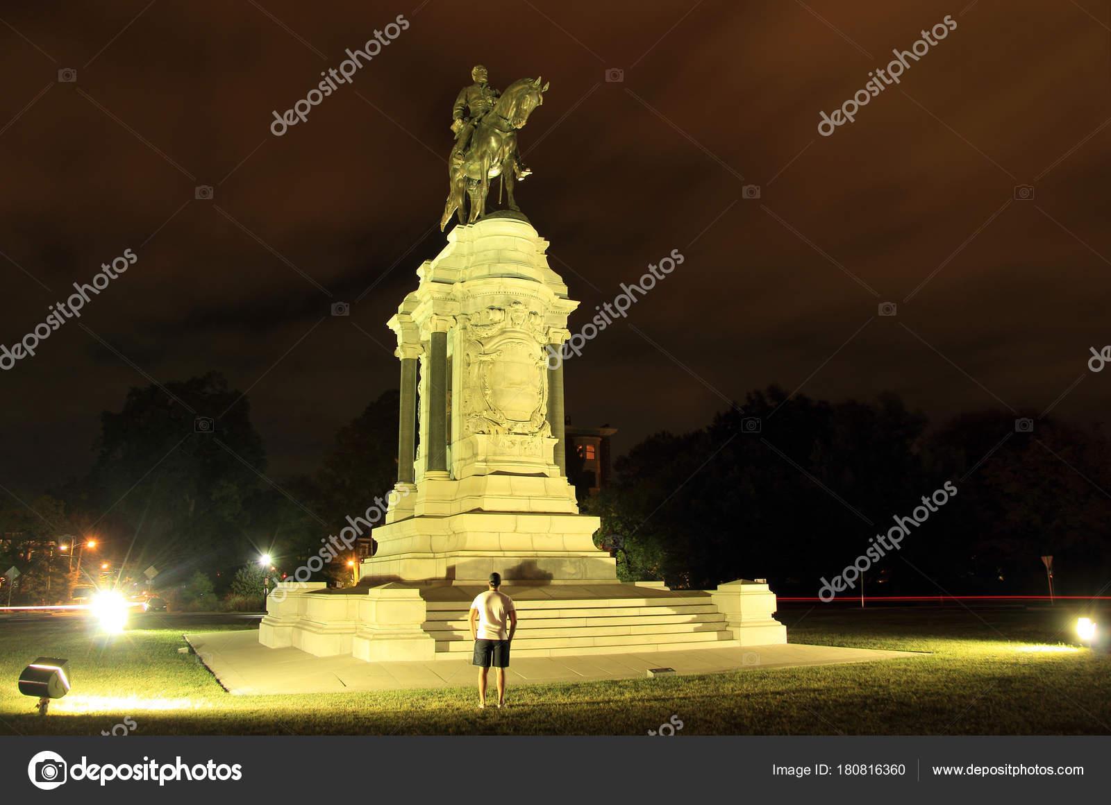 リッチモンド 南北戦争記念碑モ...