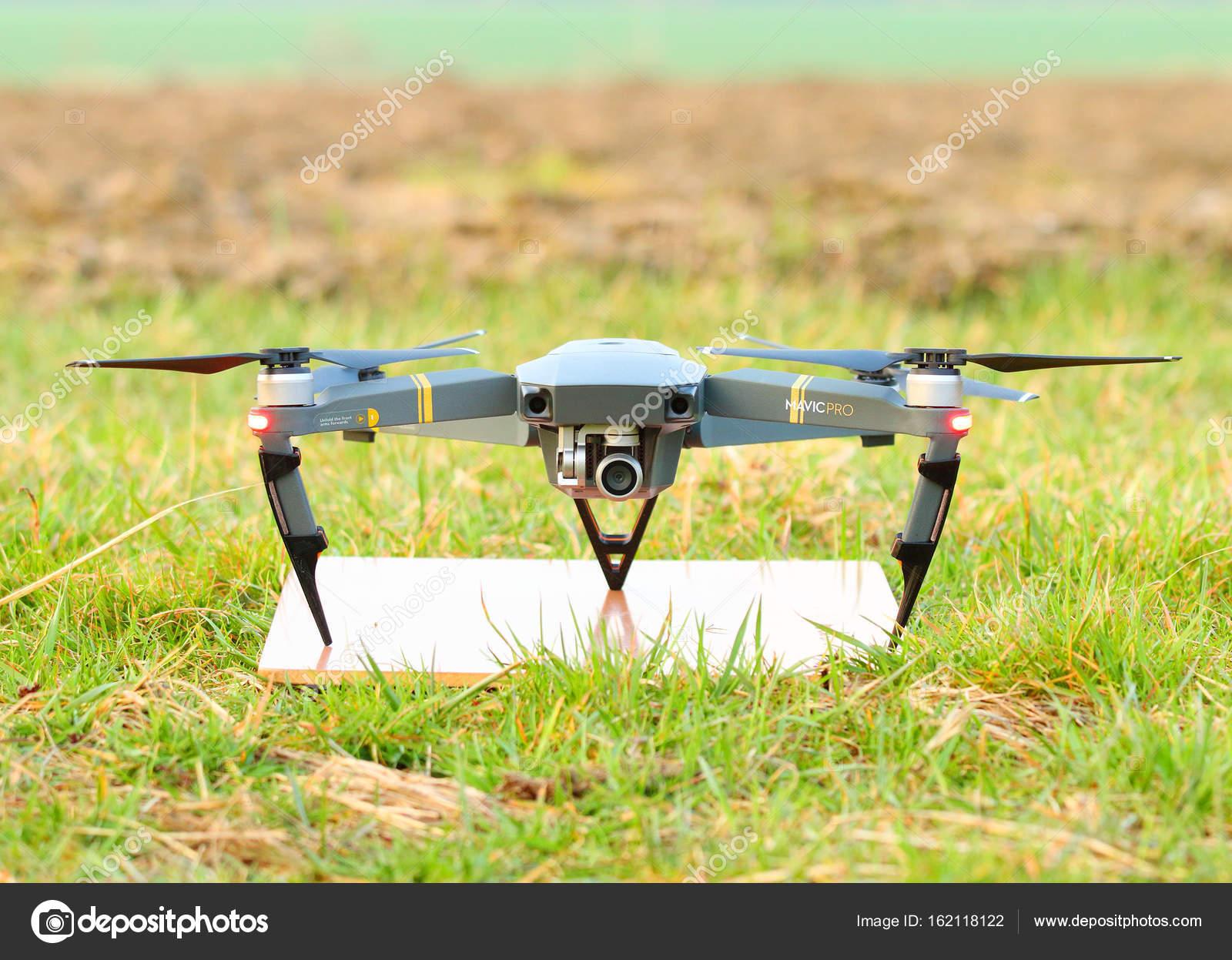 Commander parot drone et avis avis drone jjrc h47