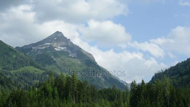 časová prodleva Zillertal vrchol hory a mraky