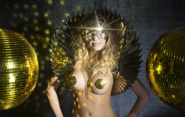 golden disco godess
