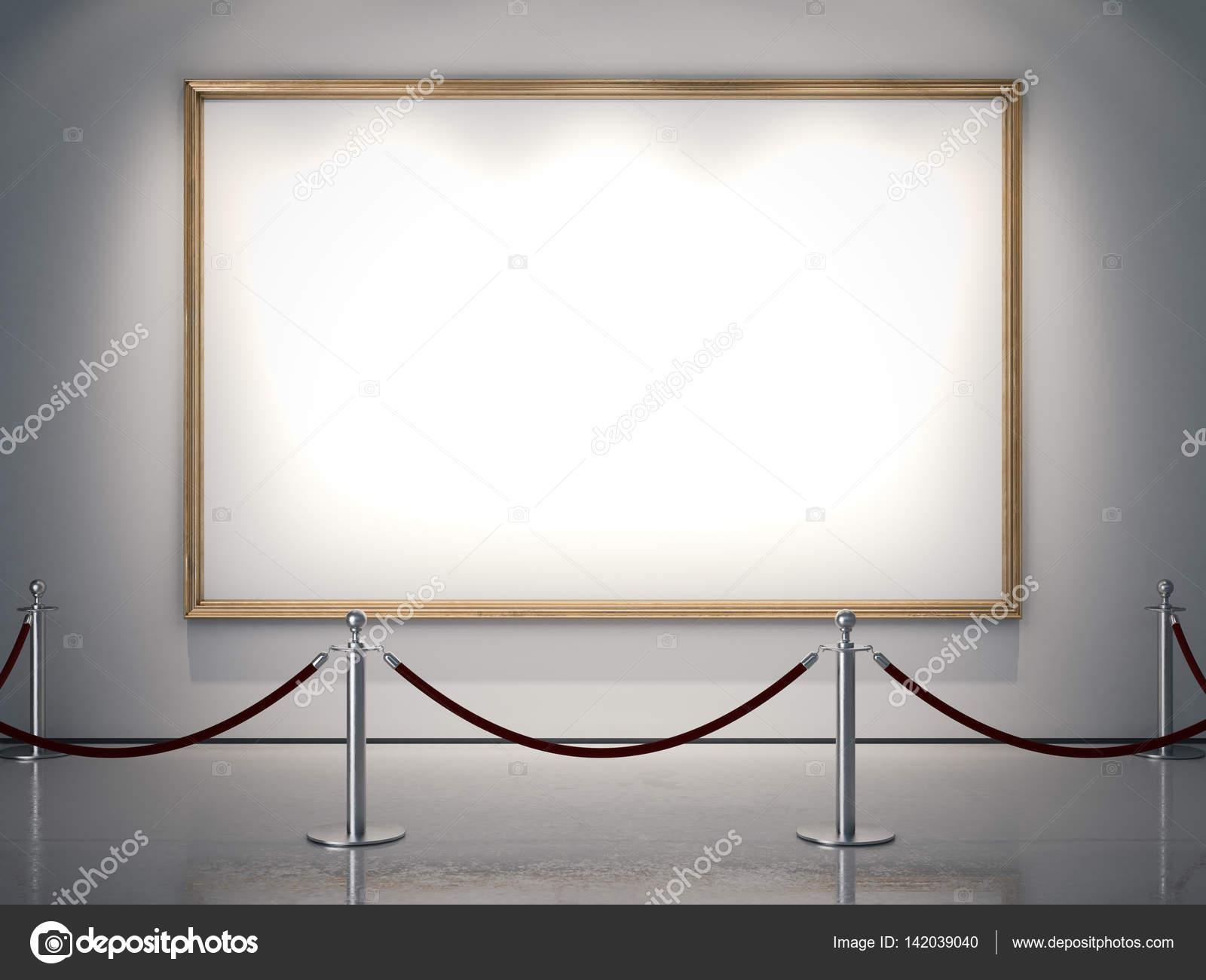 Marco de oro grandes en la pared blanca. Render 3D — Foto de stock ...