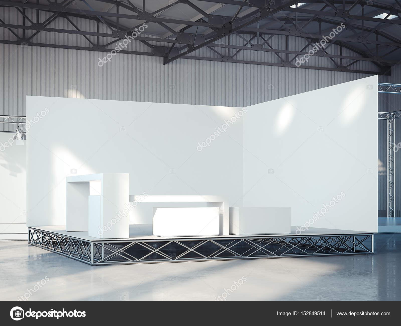 https://st3.depositphotos.com/1765561/15284/i/1600/depositphotos_152849514-stock-photo-empty-stage-in-modern-exhibition.jpg