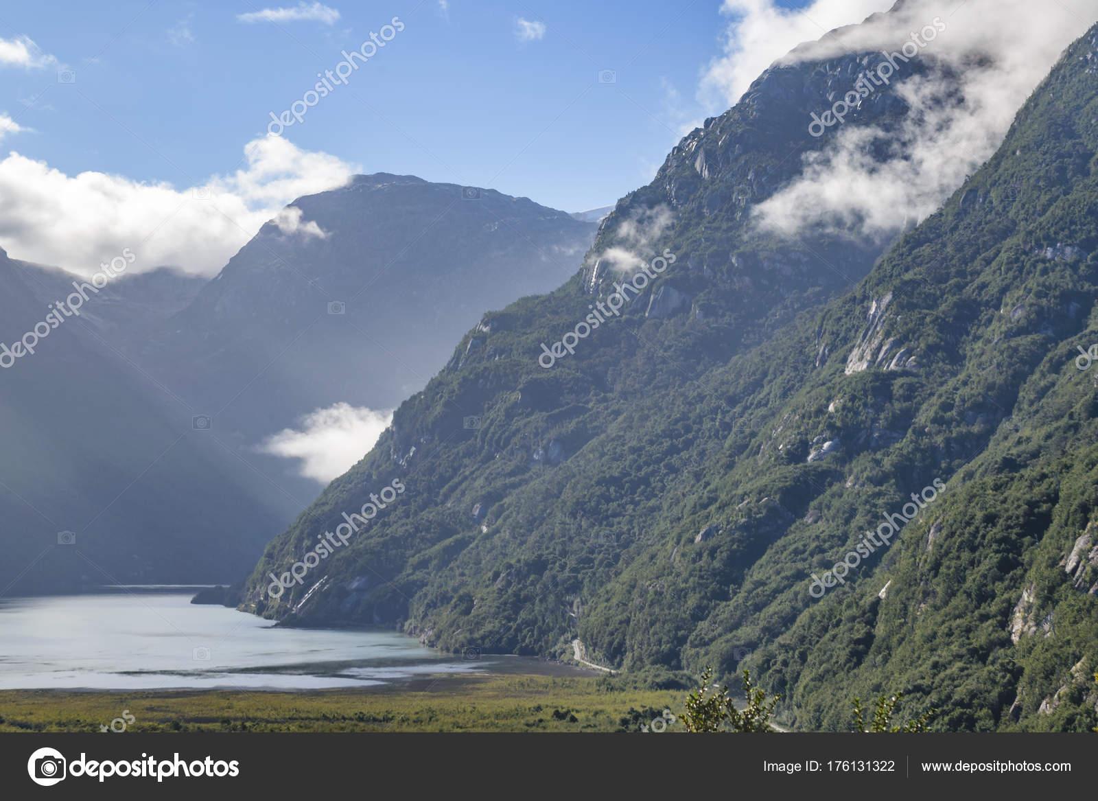 Exploradores De La Patagonia: Exploradores Glacier, Patagonia, Chile