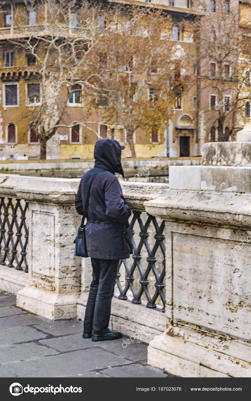 Řím zavěsit