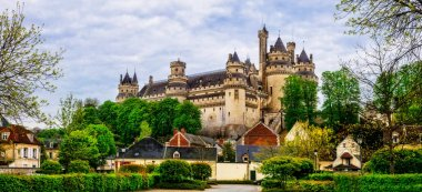 Great castles of France - medieval impressive Pierrefonds