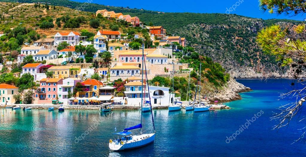 Amazing Greece - picturesque colorful village Assos in Kefalonia