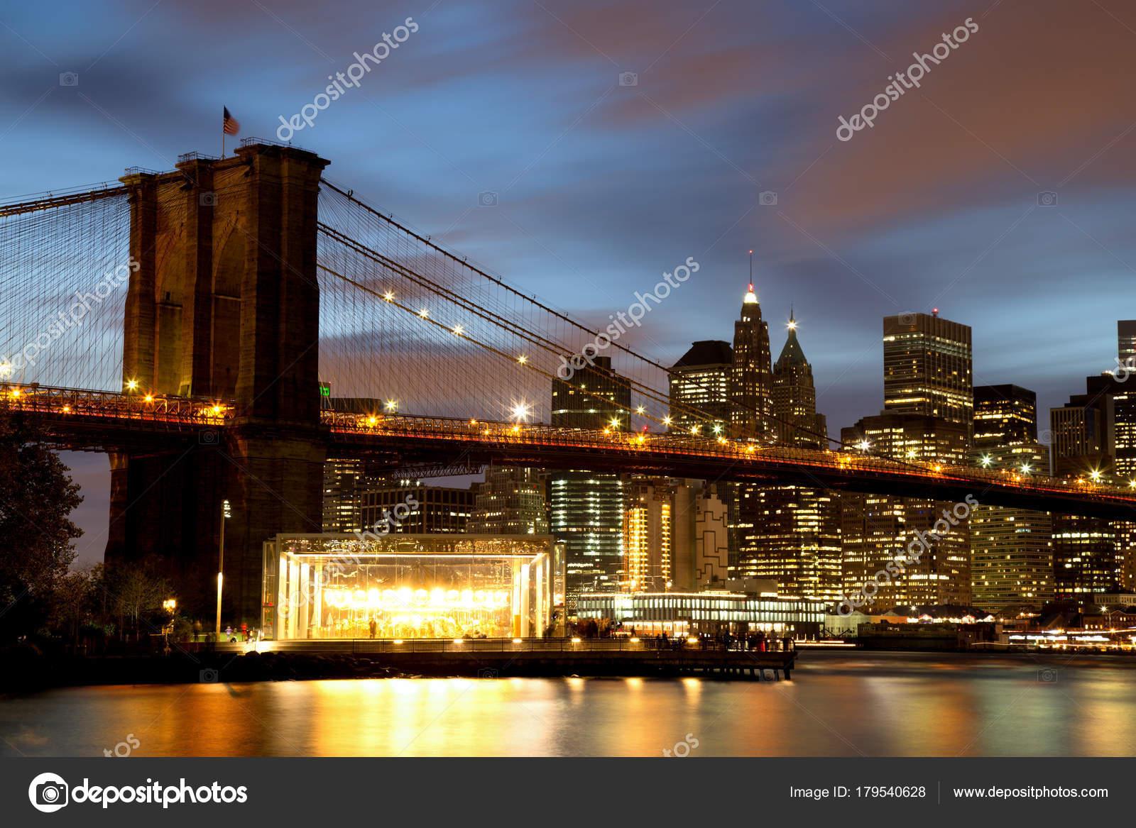 New york city manhattan downtown mit brooklyn bridge in der