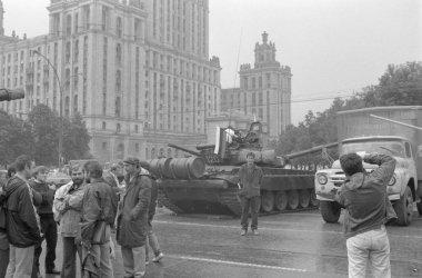 Days of coup d'etat