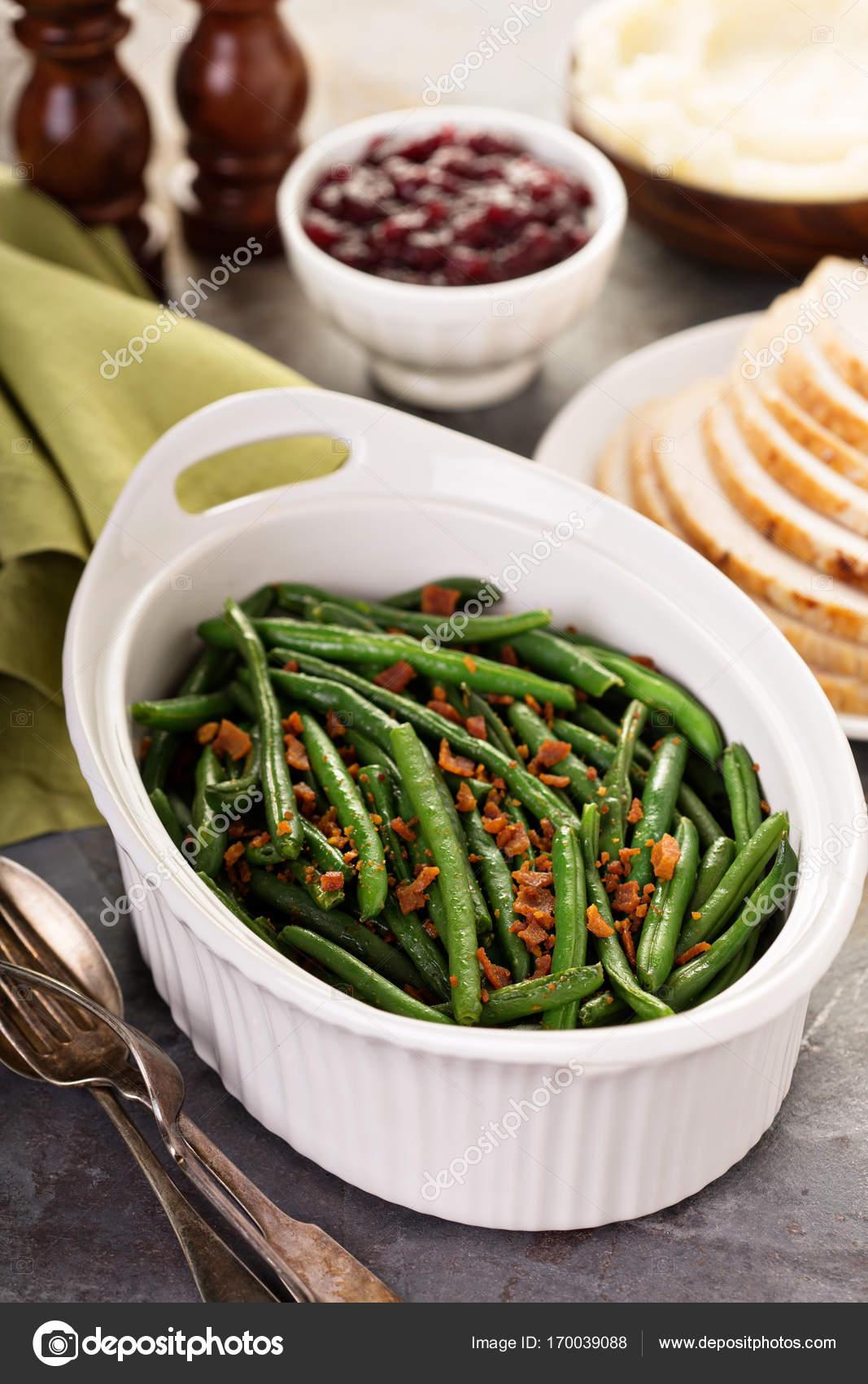 Grüne Bohnen mit Speck zum Thanksgiving oder Weihnachten Abendessen ...