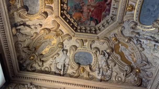 Venedig, Italien - 21. Januar 2020: Innenraum des Dogenpalastes, Palazzo Ducale. San Marco Square, Venedig, Italien.
