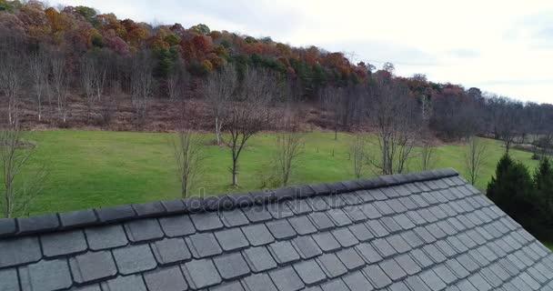 Reverzní pohled domu šindele