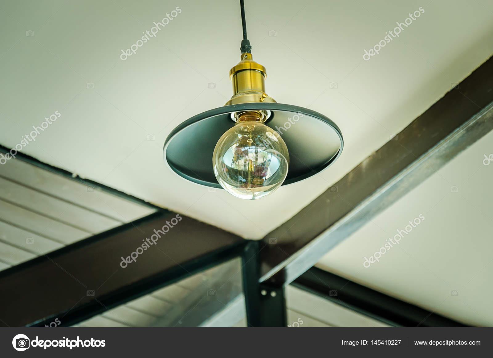 Lampade A Sospensione Vintage : Lampada a sospensione vintage u2014 foto stock © aoo8449 #145410227