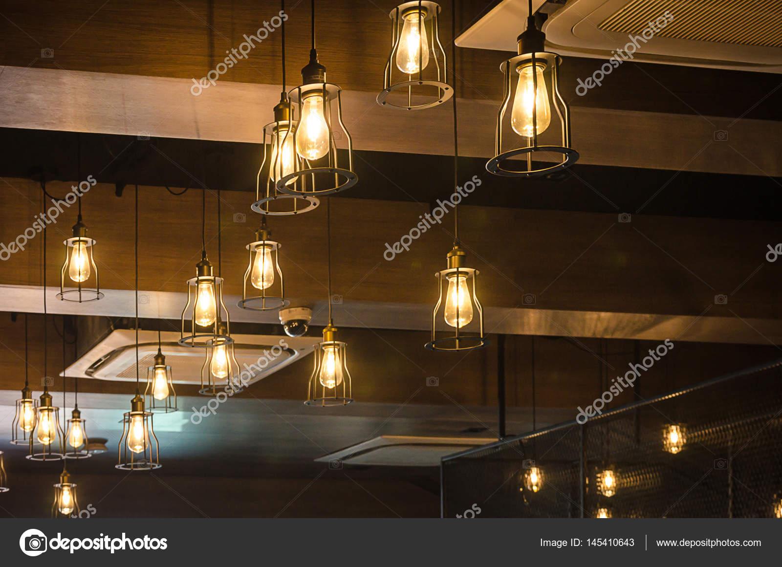 Lampade A Sospensione Vintage : Lampada a sospensione vintage u2014 foto stock © aoo8449 #145410643