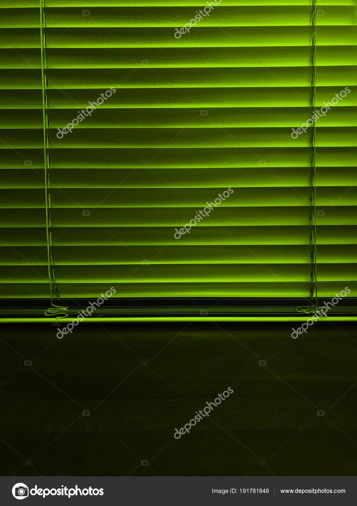 Jalousien Fenster Holz Fensterbank Stockfoto C Vitalina G