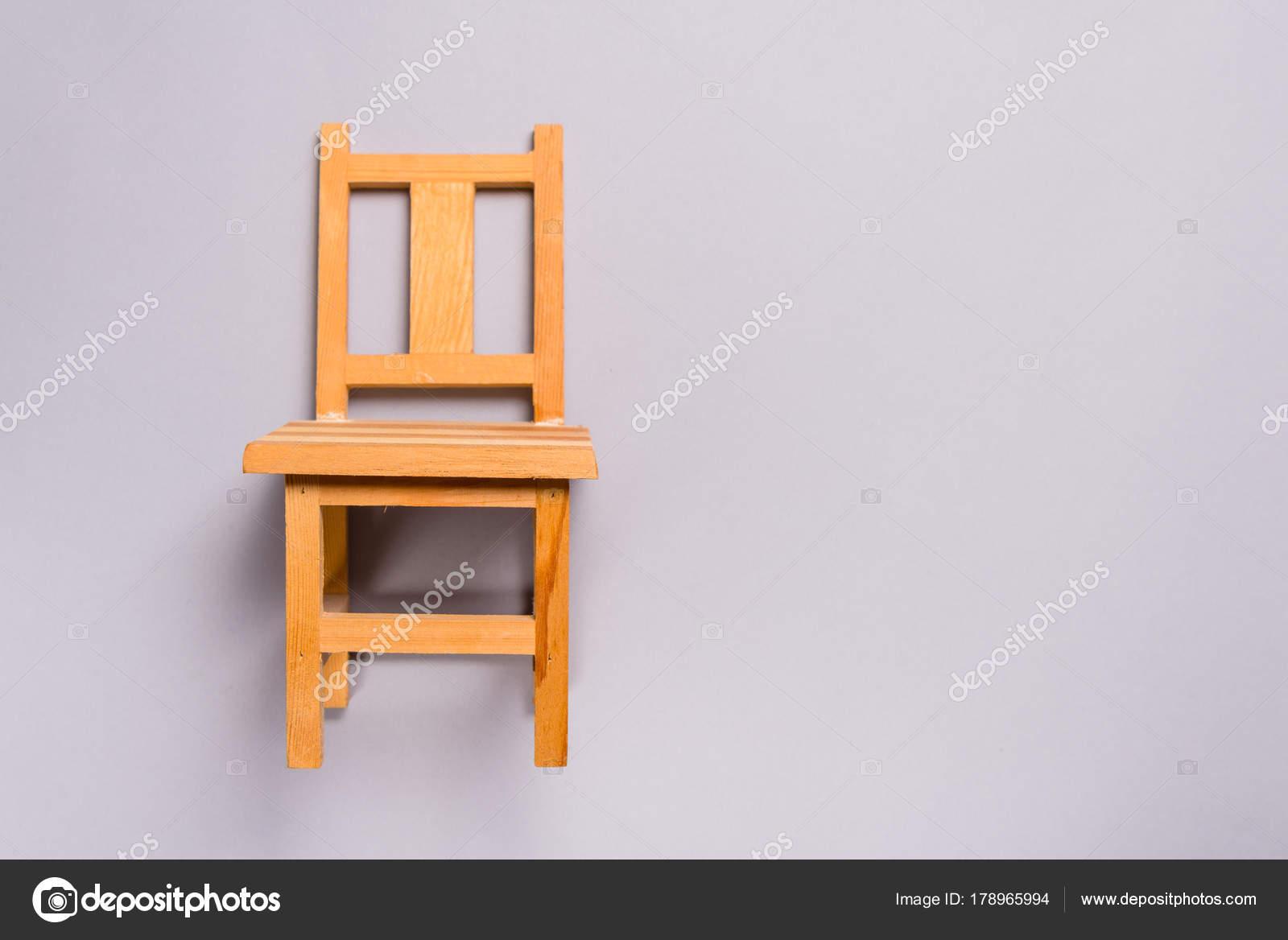 Miniatuur Design Meubels : Houten miniatuur meubels stoel u stockfoto yumis