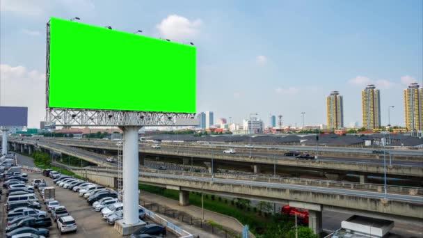 hirdetőtábla üres Zöld képernyő kültéri hirdetési plakát vagy üres hirdetőtábla délben reklám