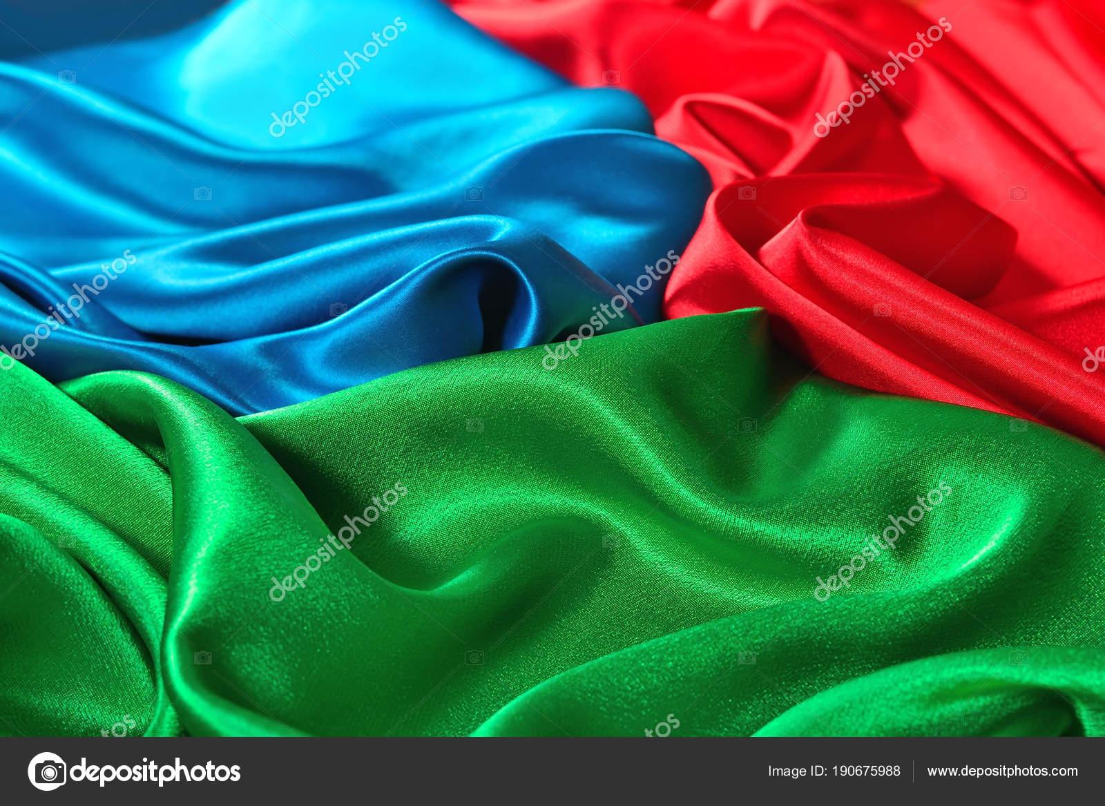 Textura De Tela De Raso Azul, Rojo Y Verde Natural