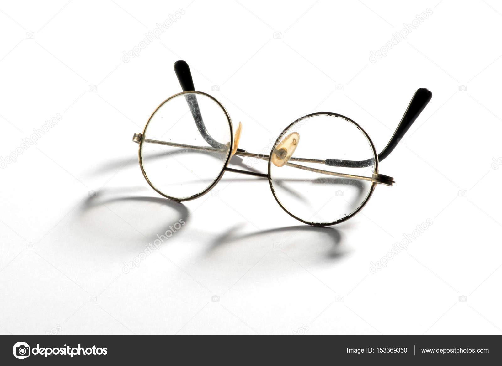 Par de época antigua enmarcadas gafas de alambre — Foto de stock ...