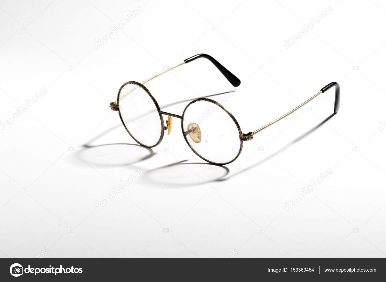 Alte Vintage Brille — Stockfoto © PHOTOLOGY1971 #153369454