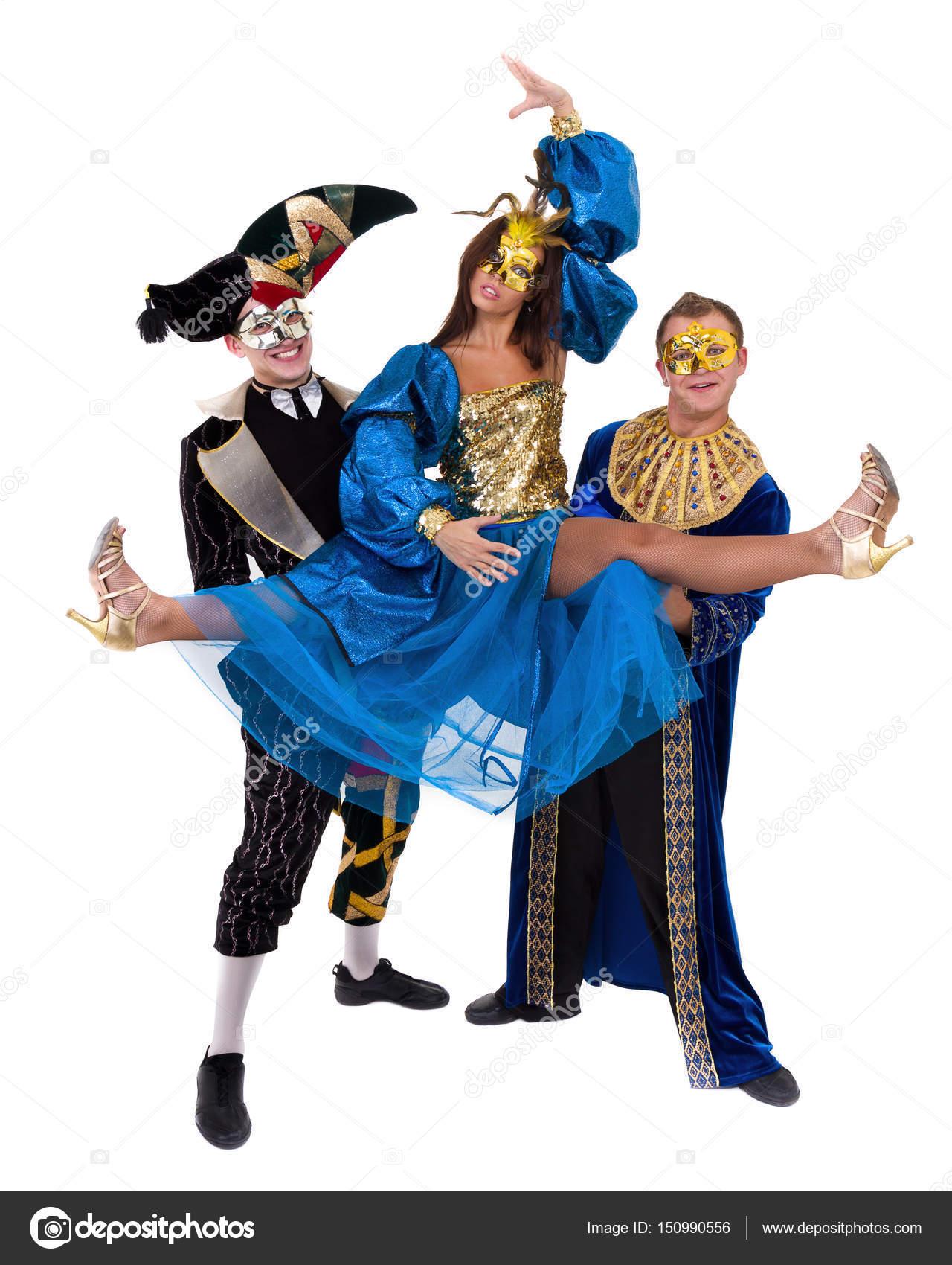 prix le moins cher nouveau style 2019 meilleurs danseurs de carnaval d'équipe un masque de danse, isolé sur ...