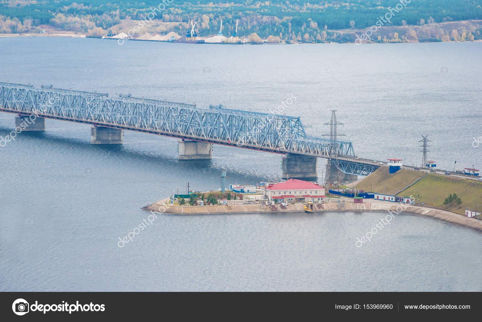 Императорский мост река волга фото