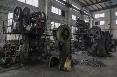 Metallurgical plant of metal tools producing by forging method
