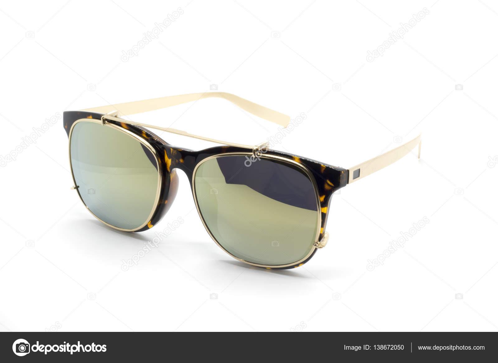 Moderne modische Sonnenbrillen isoliert auf weißem Hintergrund, Glas ...