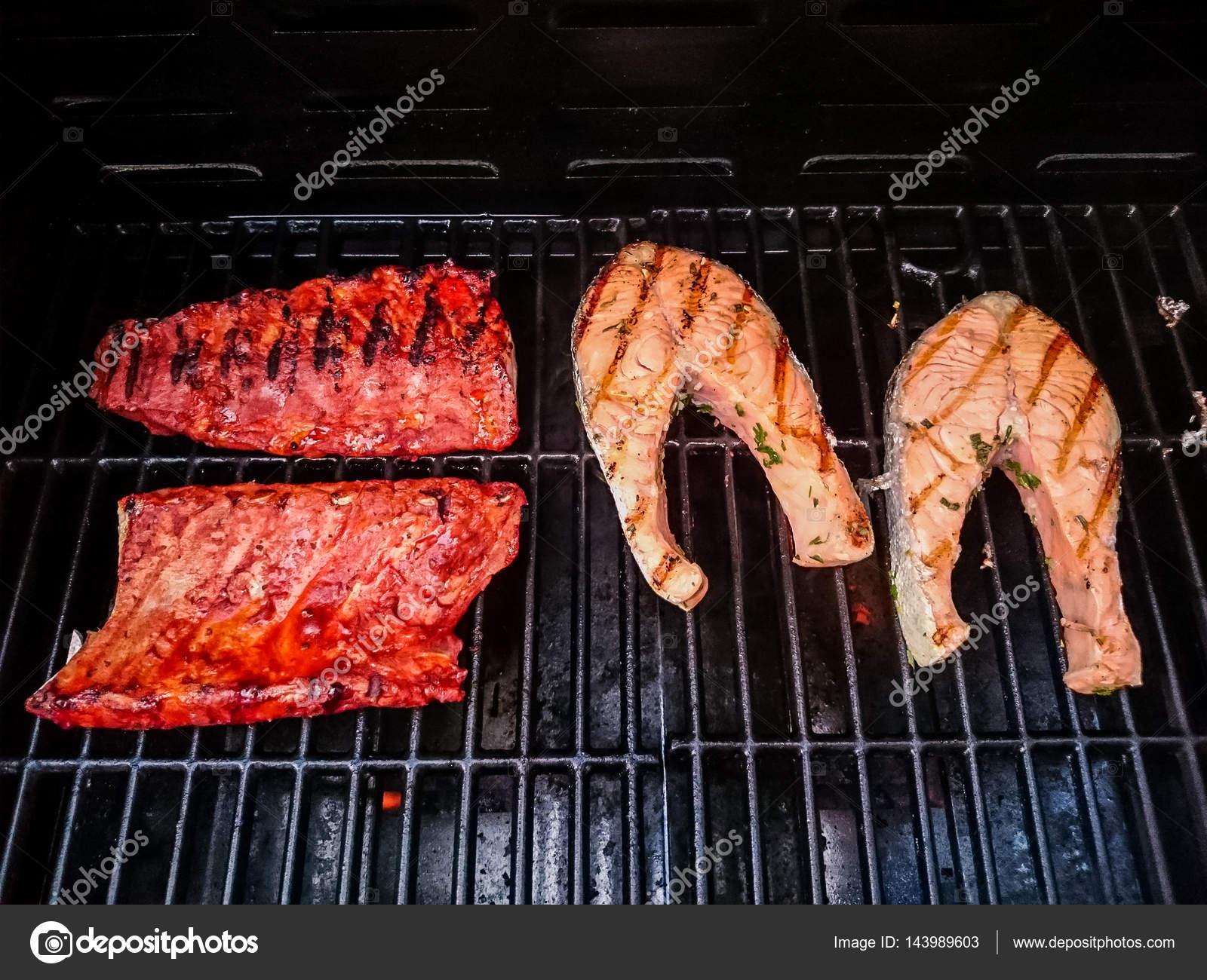 Spareribs På Gasgrill : Iberico ribs spareribs vom spanischen eichelmastschwein bbqpit
