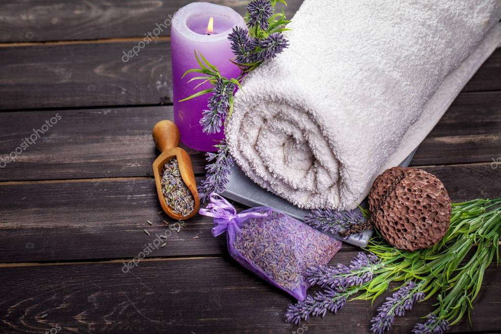 towel with lavender seeds and flowers