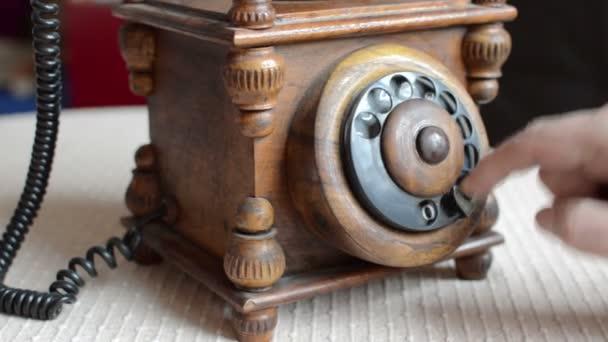 Detailní pohled na starém telefonu