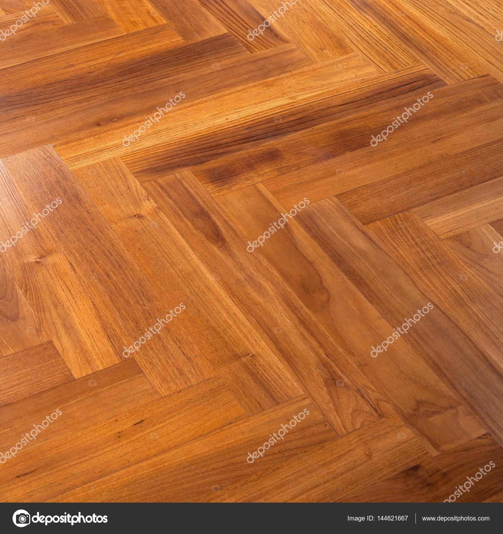 Pavimenti in legno massello di rovere — Foto Stock © wangsong #144621667
