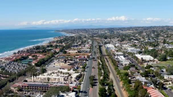 Luftaufnahme des Solana Beach mit Pazifik, Küstenstadt im San Diego County, Kalifornien. USA