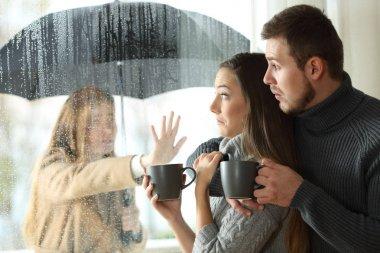Stalker ex girlfriend disturbing to a couple
