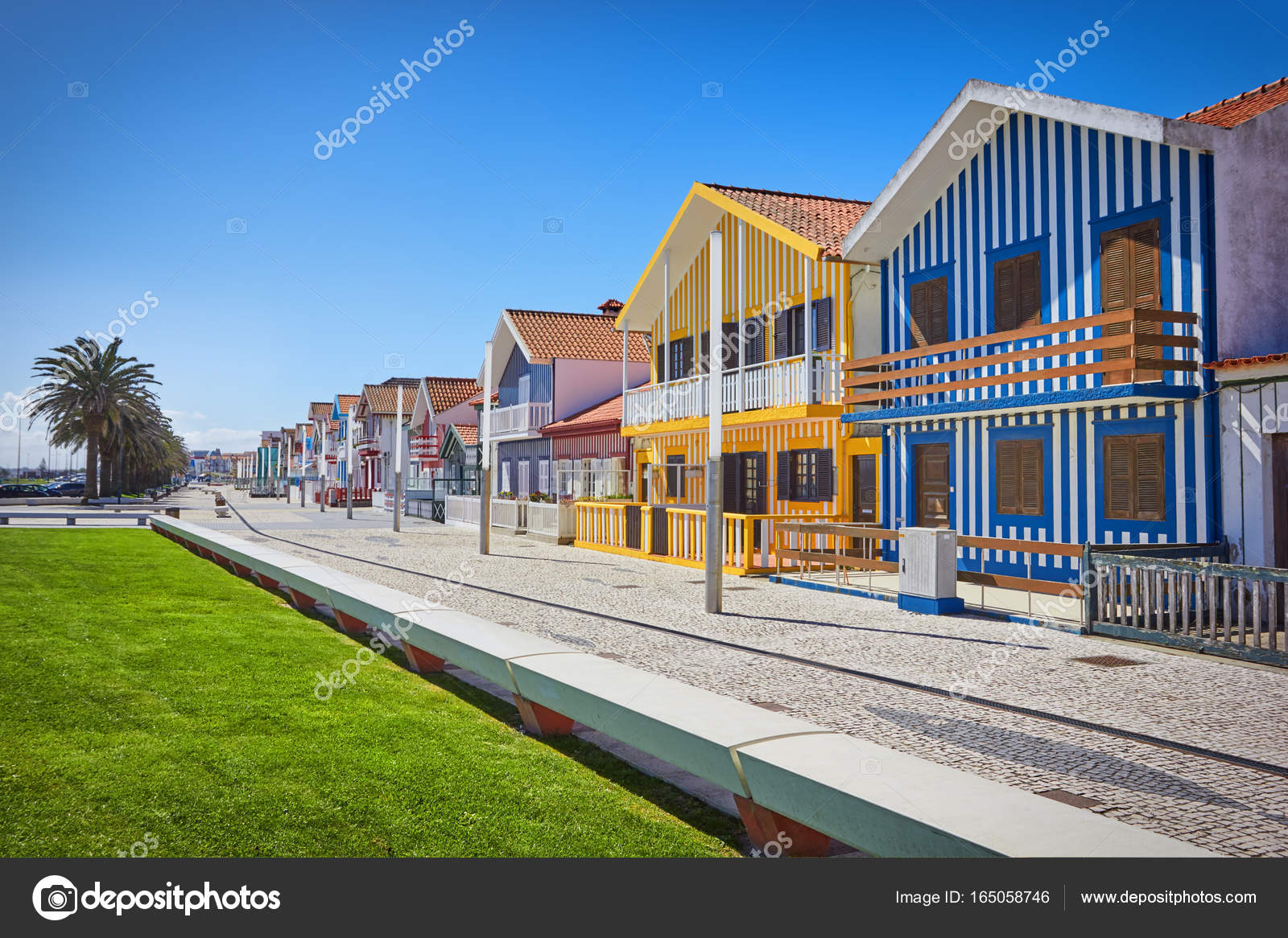Village de p cheurs costa nova aveiro portugal photographie portumen 165058746 - Maison de pecheur portugal ...