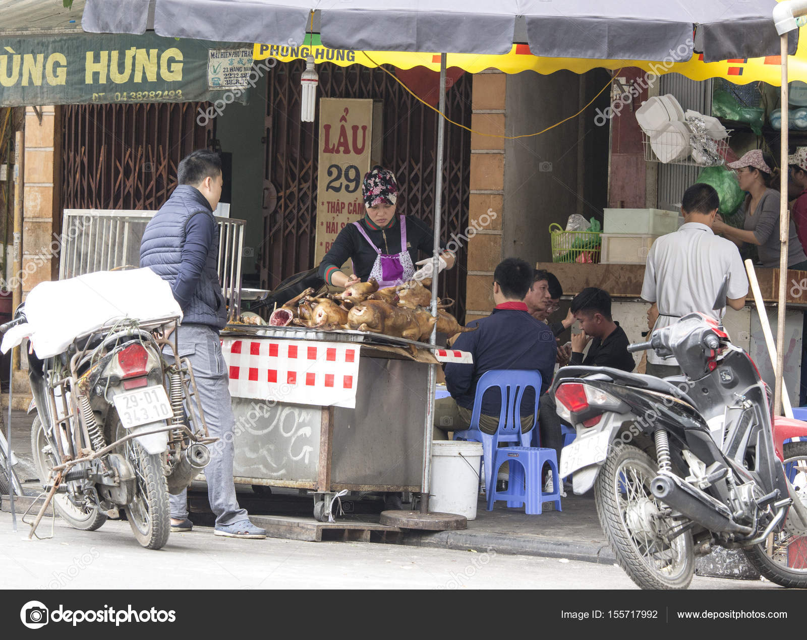 Vendere E Comprare La Carne Di Cane In Vietnam Foto Editoriale