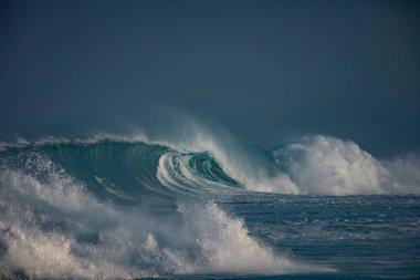 """Картина, постер, плакат, фотообои """"Волны океана. Штормовых волн в морской воде"""", артикул 152730098"""