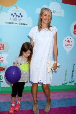 Ever Carradin actress and her child
