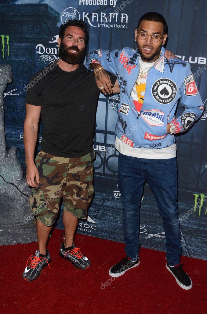 ¿Cuánto mide Chris Brown? - Real height Depositphotos_128074018-stock-photo-dan-bilzerian-chris-brown