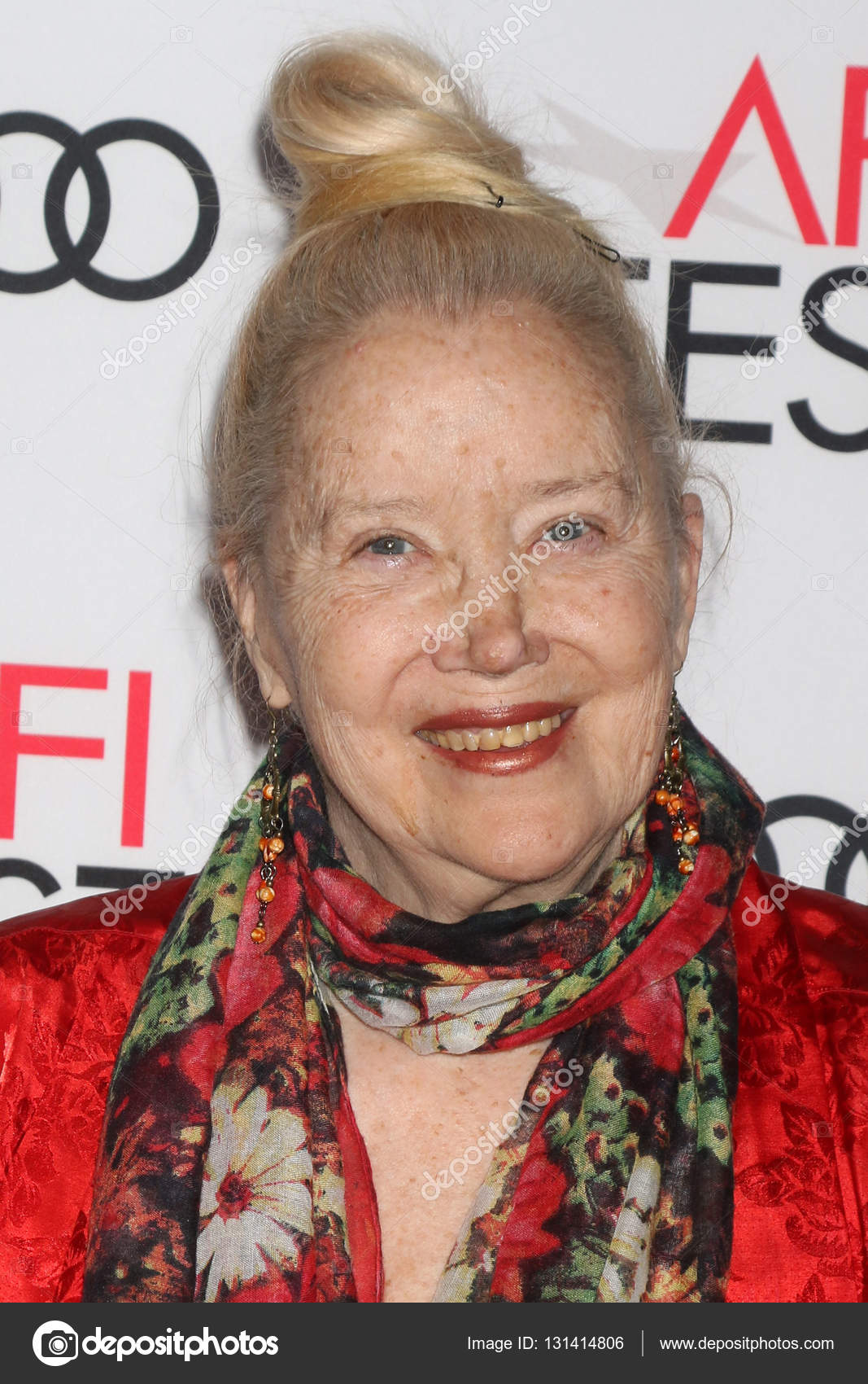 Discussion on this topic: Odessa Cleveland, sally-kirkland/