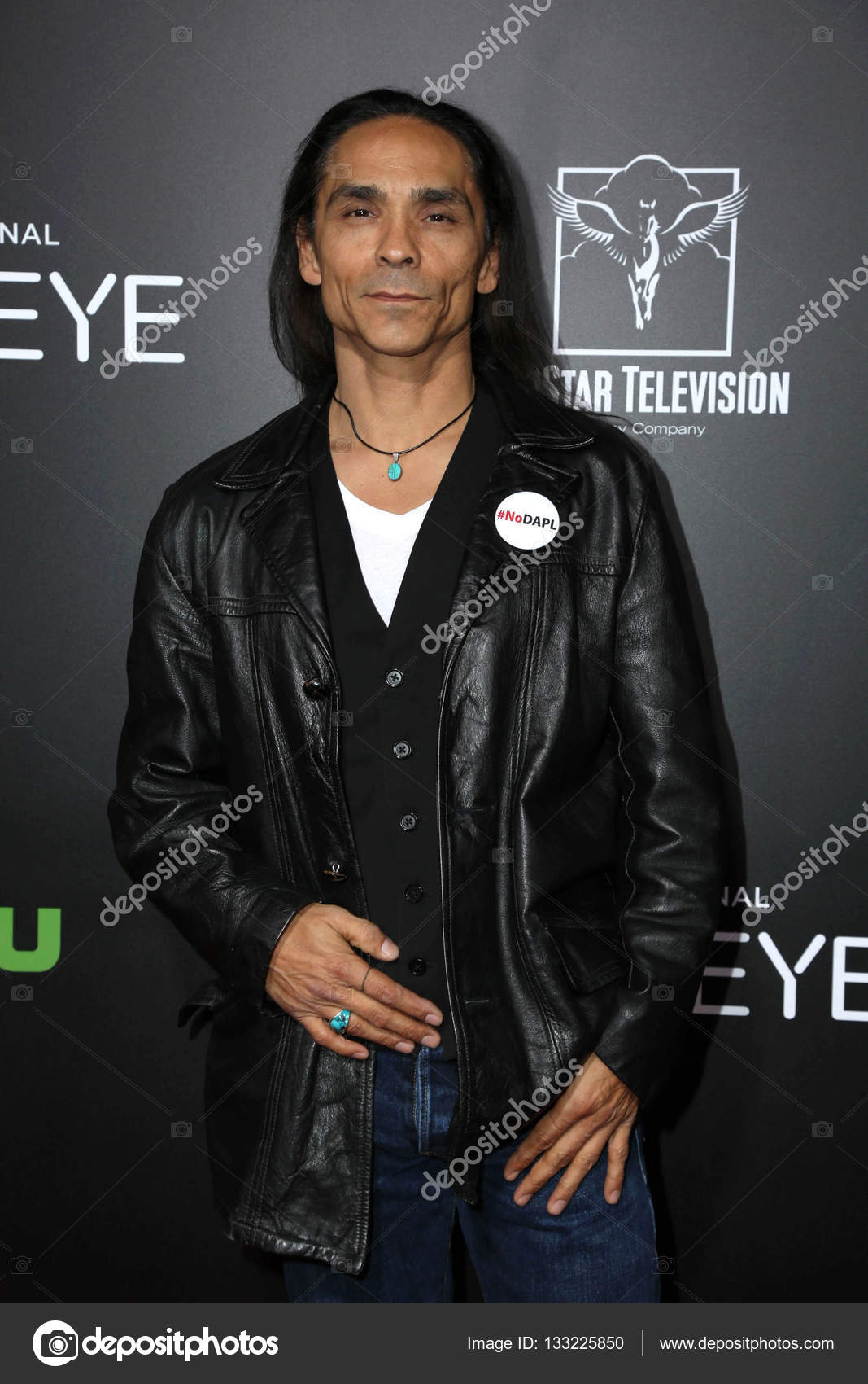 zahn mcclarnon official website
