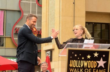 Anna Faris with Ryan Reynolds