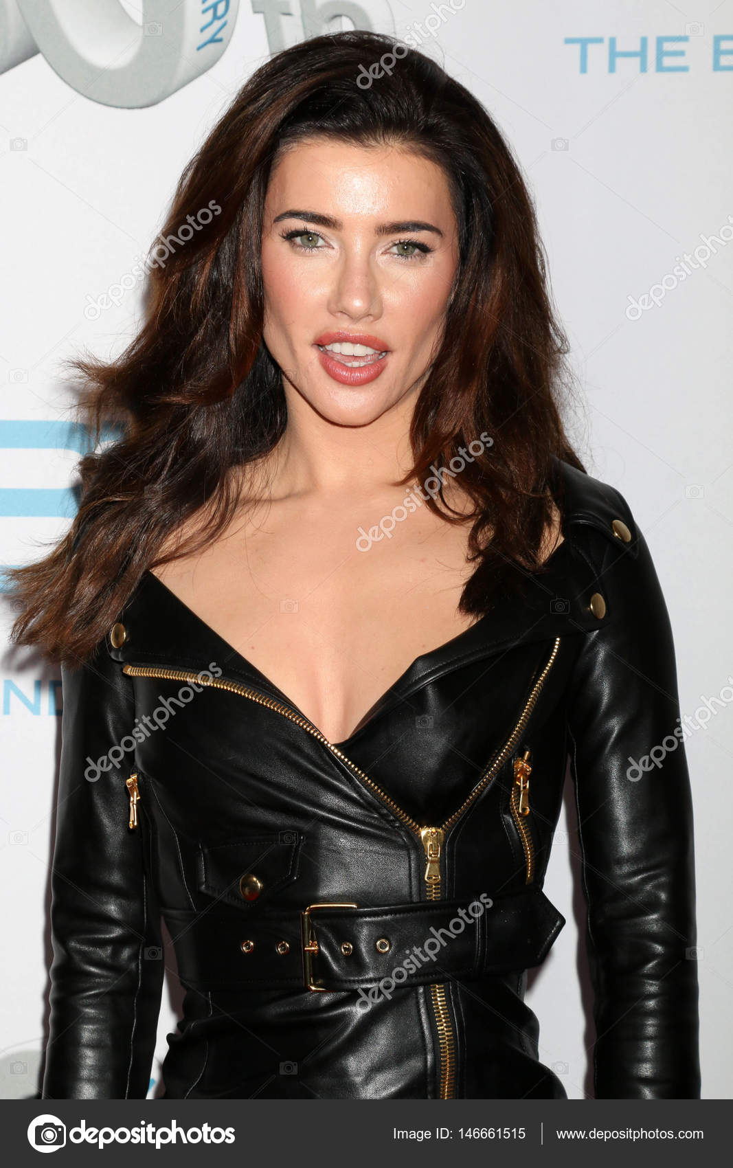 Jacqueline MacInnes Wood Nude Photos 37