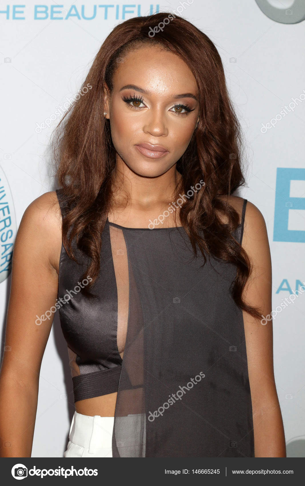 Reign Edwards actress