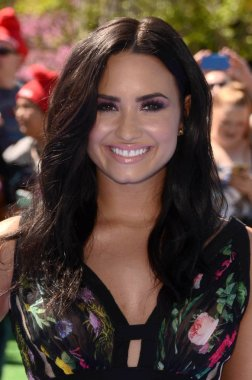Actress Demi Lovato
