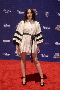 actress Noah Cyrus