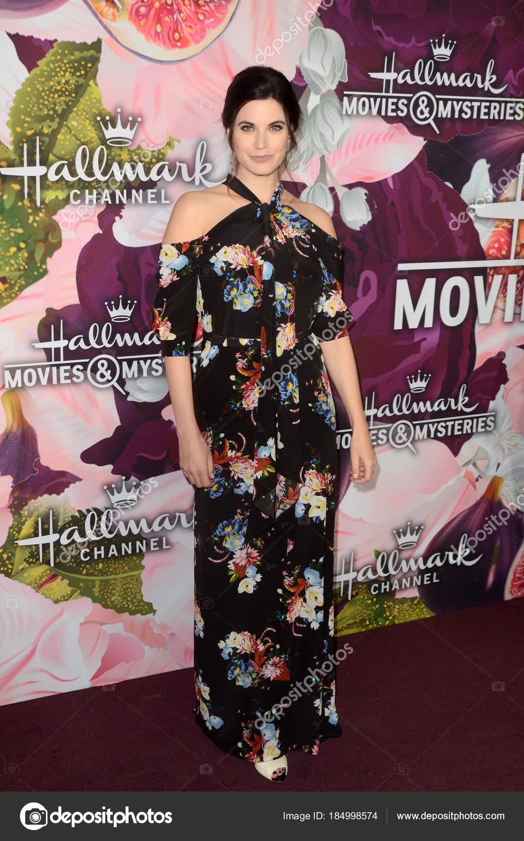 Hallmark Movies And Mysteries.Meghan Ory Hallmark Channel Hallmark Movies Mysteries Winter 2018