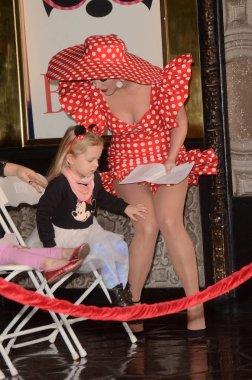 Katy Perry, nieces