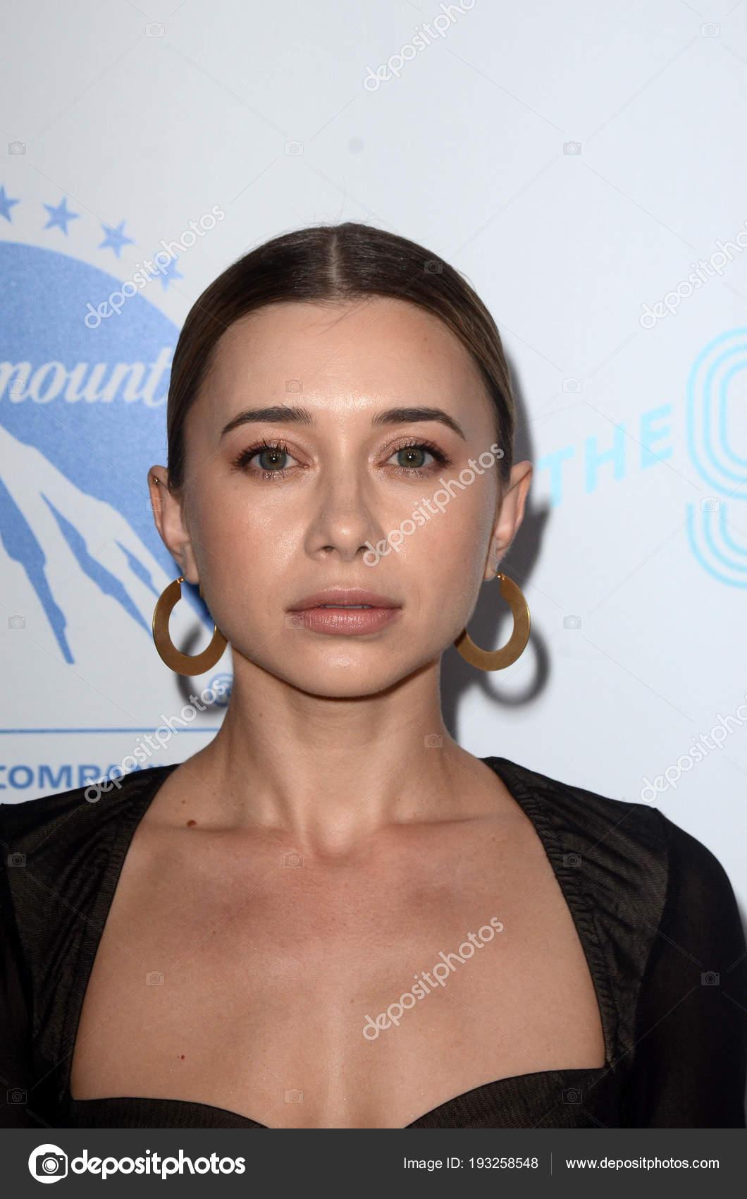Olesya Rulin Nude Photos 56