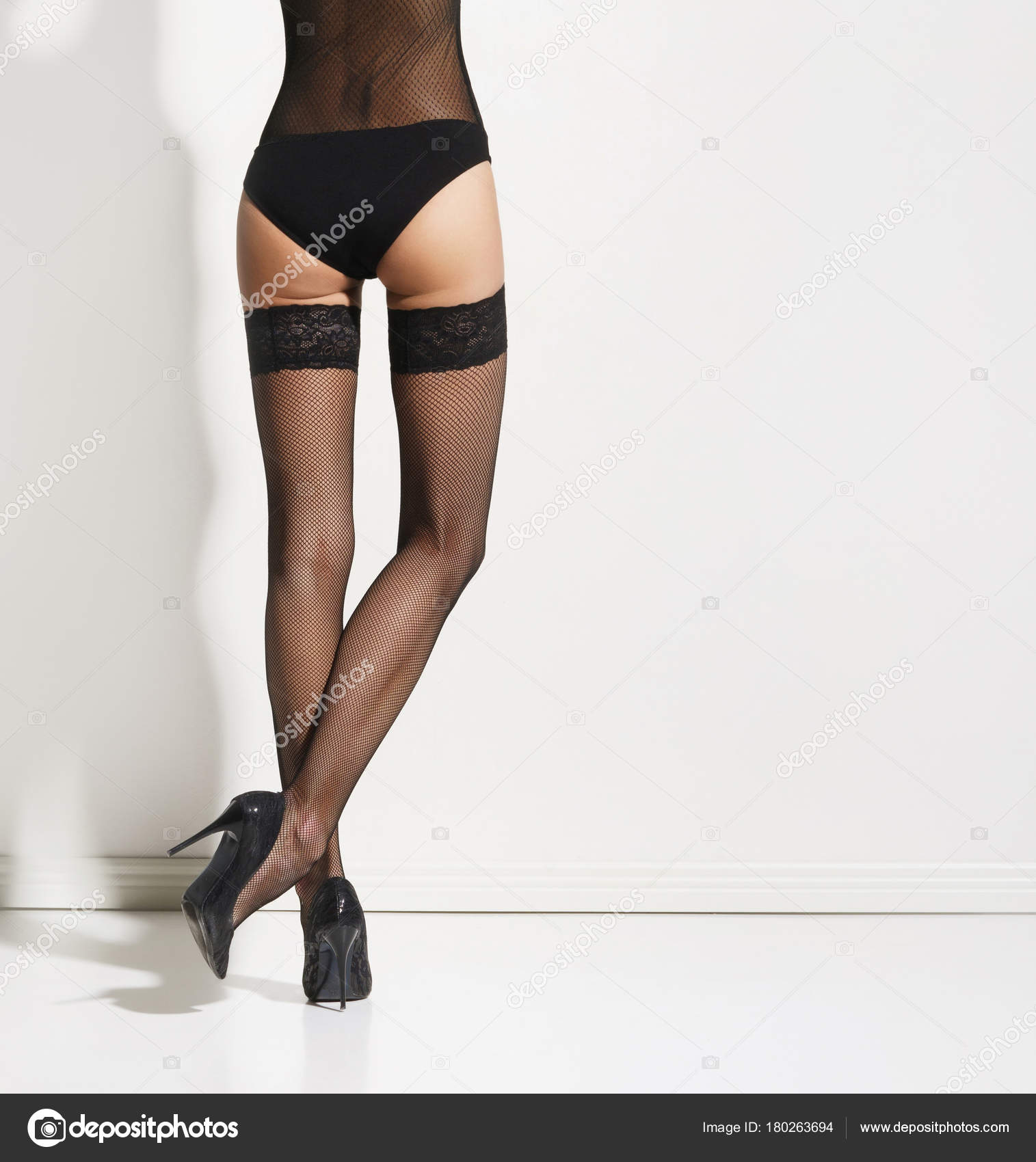 Сексуальные женские ножки чулки