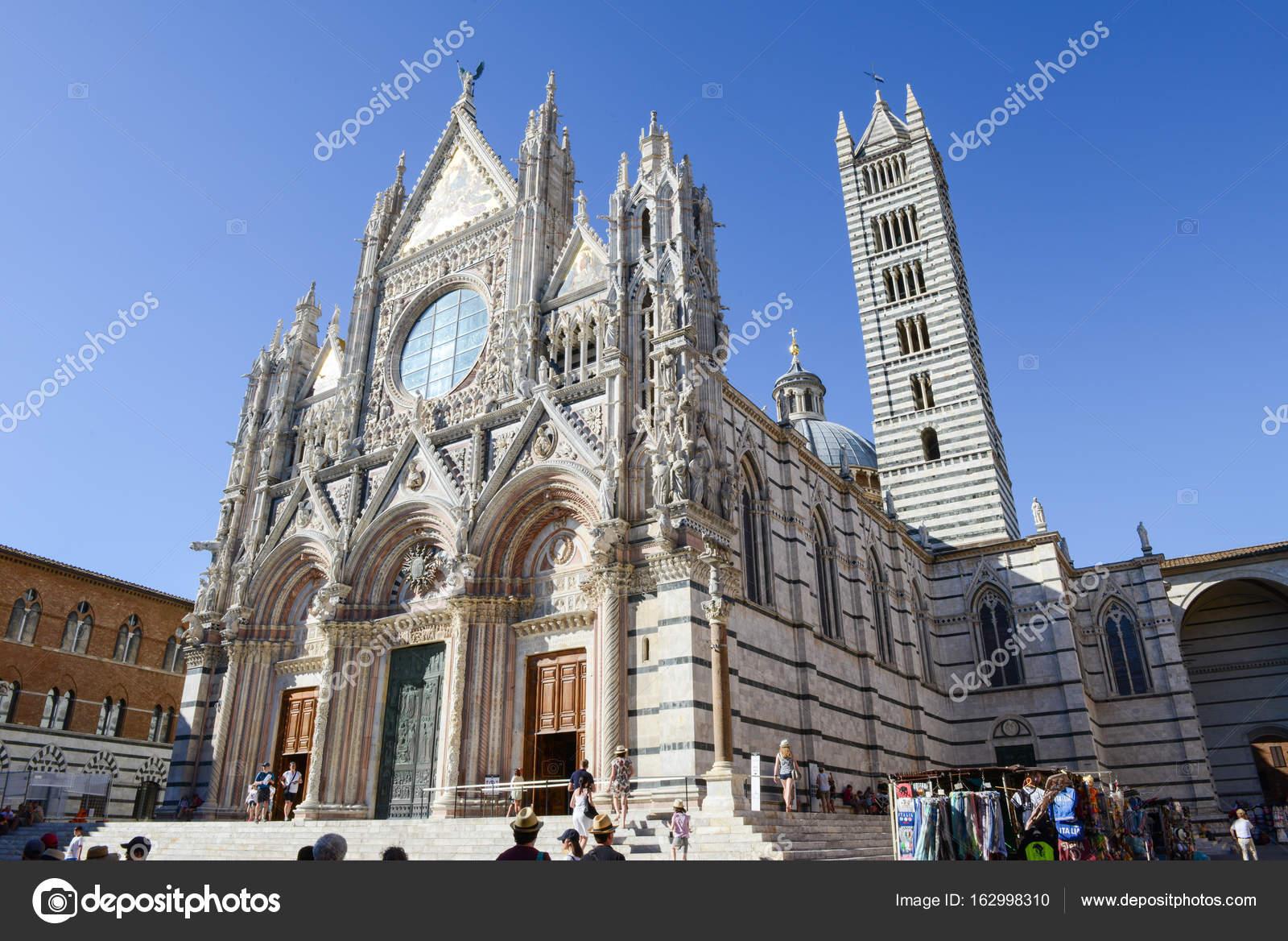 Kathedraal Van Siena.De Kathedraal Van Siena Op Italie Redactionele Stockfoto